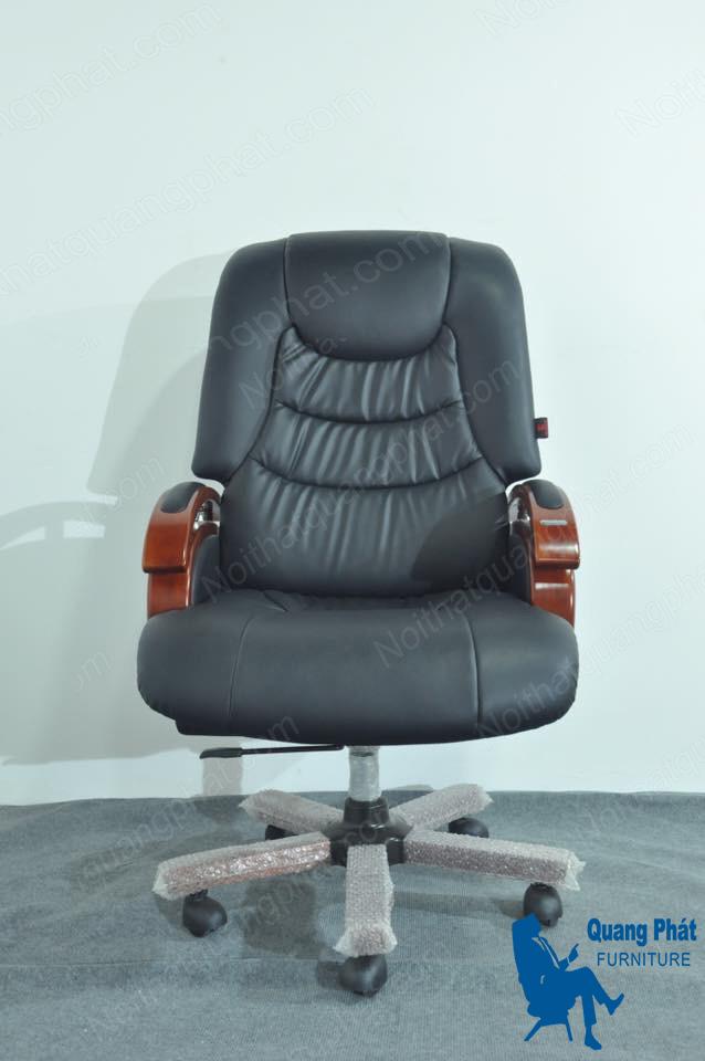 thanh lý ghế giám đốc tay gỗ đệm